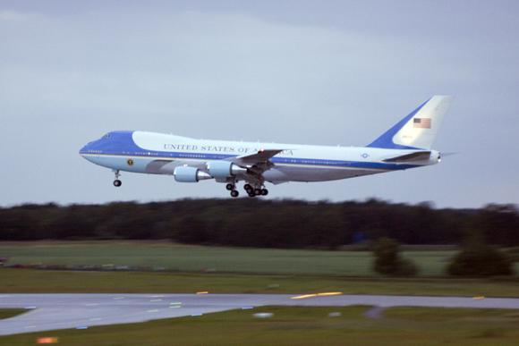 Landung der Air Force One in Dresden |